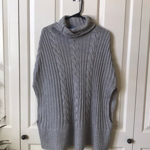 Pancho sweater